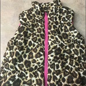 Other - Leopard Print Puffer Vest, size 3T